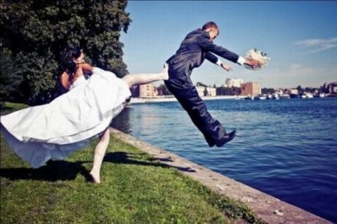 海外の結婚式がオモシロい写真