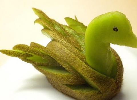 フルーツで作った動物たち