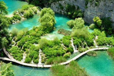 クロアチアの世界遺産『プリトヴィツェ湖群国立公園』の写真