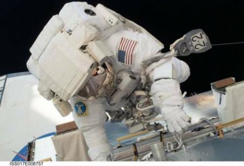 ロマンの宇宙とスペースシャトルの写真